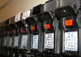 circuit-breaker-1225688